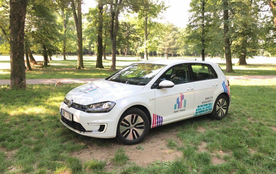 Praha chce veřejný carsharing elektromobilů, začíná ho soutěžit
